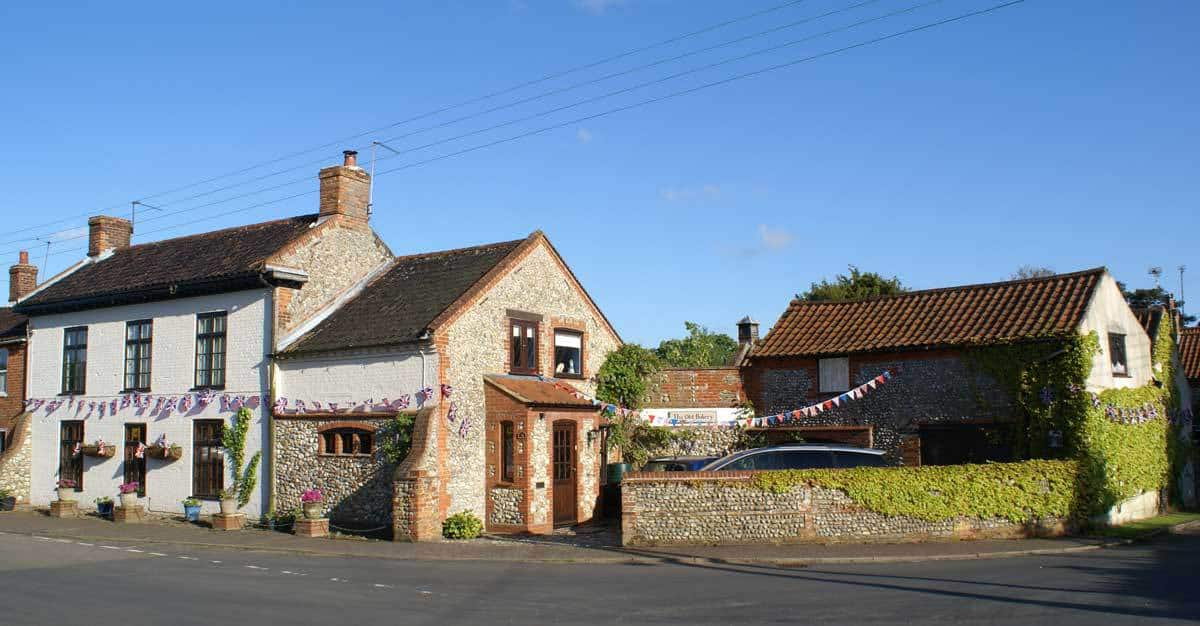 The old bakery b b and bakehouse self catering cottage for Classic house bakery